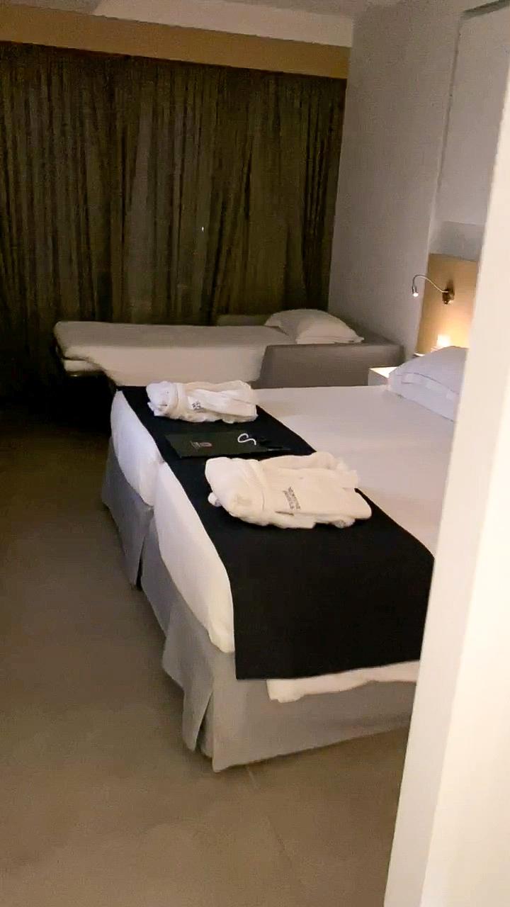 Neptune-Hotels-Zimmer